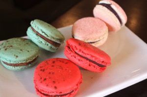 peppermint blackcurrant macaroons