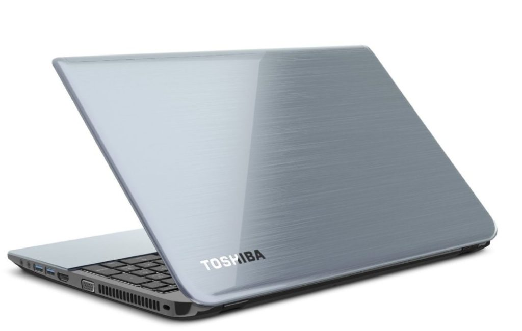 Toshiba Satellite S55-B5280 Top Best Laptop Under 30000 Rs.