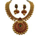 Gold necklace design-Beautiful-Traditional-Necklace-in-Kemp-stones-of-Red-and-Green