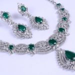 Gold necklace design-DIAMOND-NECKLACE-SET-IN-14-KARAT-GOLD-WITH-OVAL-AND-PEAR-SHAPED-GREEN-ONYX