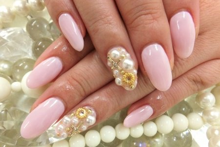 Nail Art With Rhinestones Gems Pearls And Studs 18 Anextweb